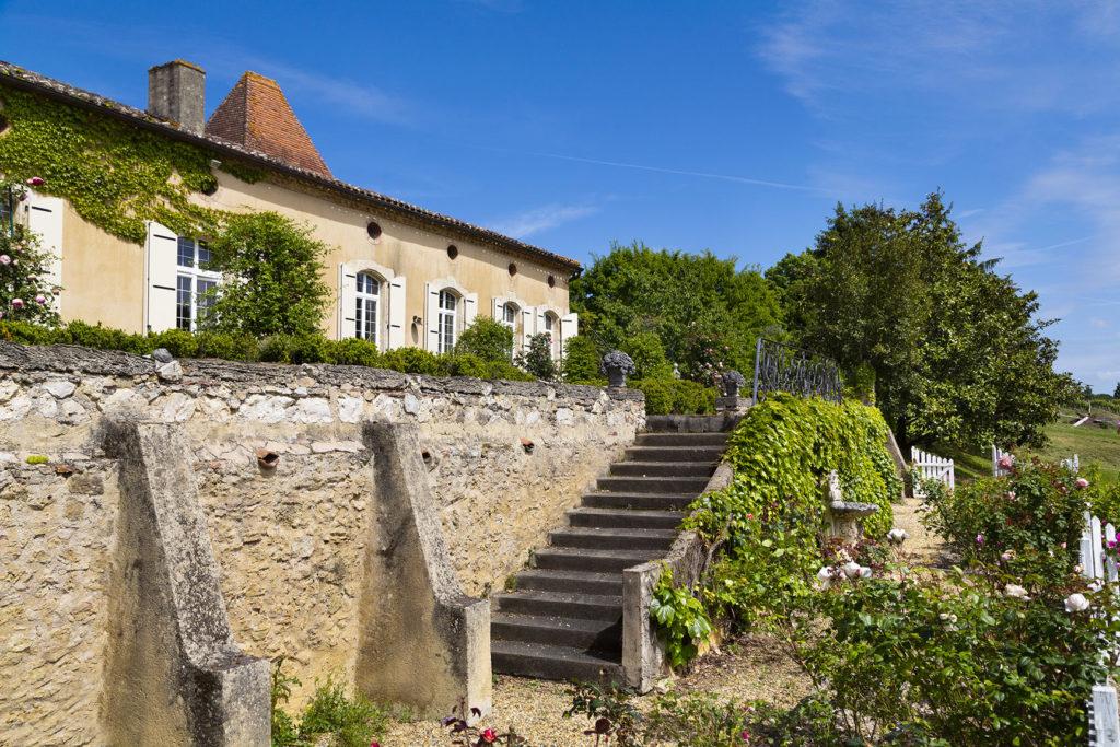 Vue arrière de la chartreuse de Saint-Aubin, Gers
